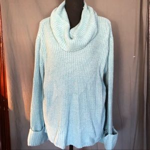 Lb Sweater. 14/16. Light blue. Exc condition